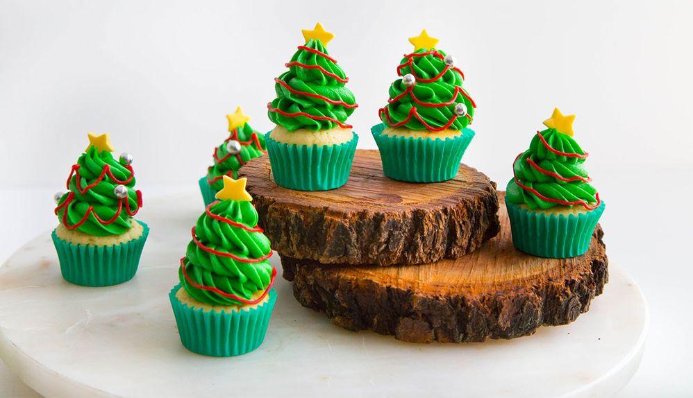 Christmas-Tree-Cupcakes_WEB-1
