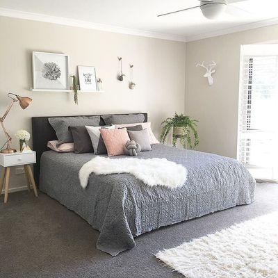 db065f7261efe38be4e820a3855280f2--pretty-bedroom-dream-bedroom.jpg